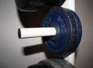 Test der PRO Hantelablage - Pin für die Hantelscheibe